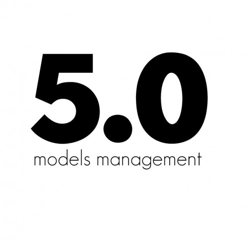 cinco punto cero agencia modelos valencia logo blanco